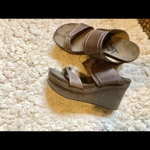High wedge sandals ! OTBT
